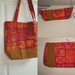 Disney Cast Costume Collection Tote Make Up NEW